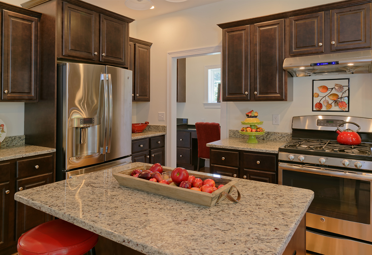 South Windsor Woods - Viking Kitchen Cabinets