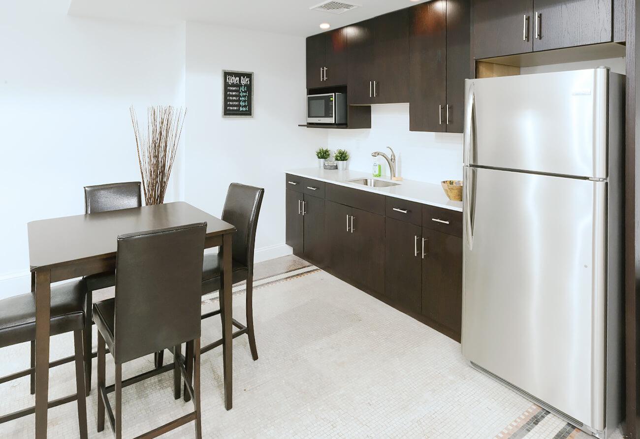 The Washington – 09 Common Room Kitchen